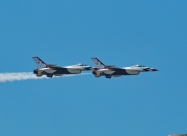 Thunderbirds #7 an #8 arrived at airshow site.