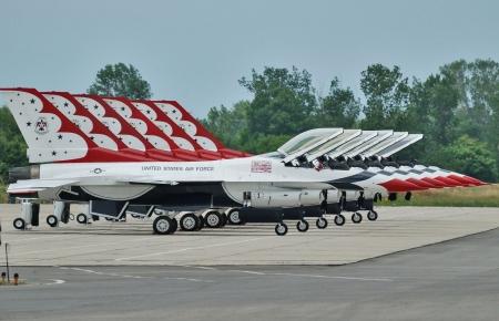 Thunderbirds F-16 Gallery