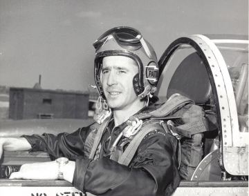 Lt. Bill Pattillo when he flew with Skyblazers