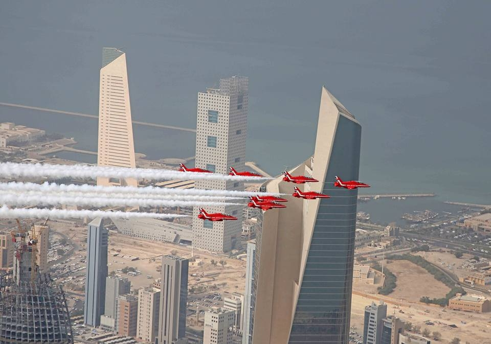 Red Arrows over Kuwait. Photo RAF