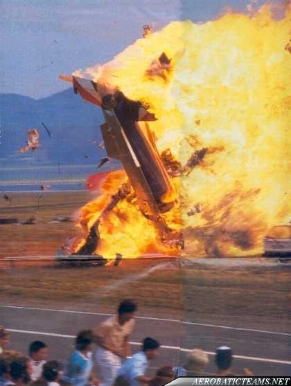 Solo aircraft crashed onto public