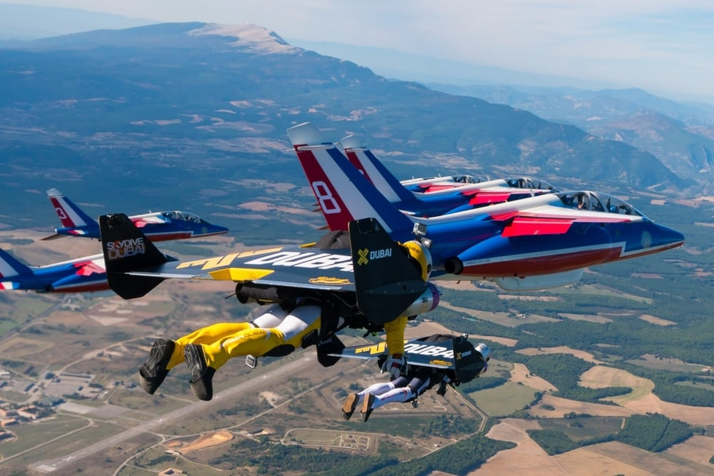 Patrouille de France formation with Jetmans. Photo Armée de lair