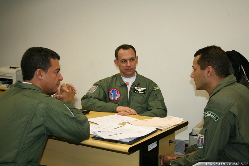 Esquadrilha da Fumaca 2011 leader Colonel Wagner de Almeida Esteves
