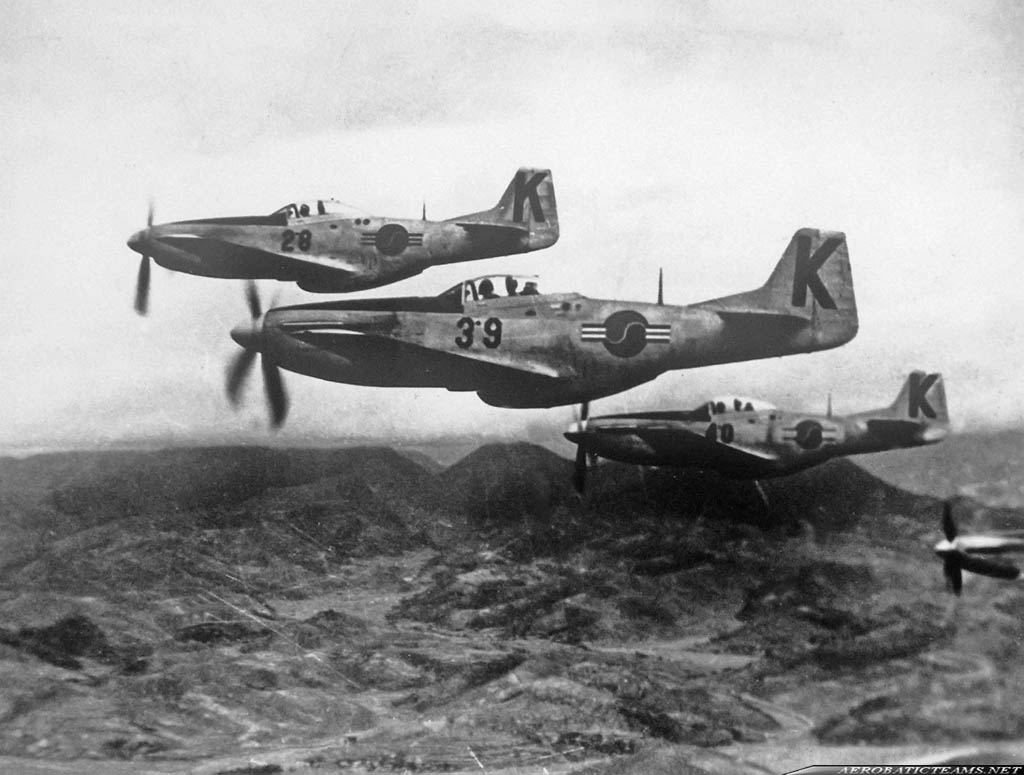First ROKAF aerobatic team flew P-51 Mustang