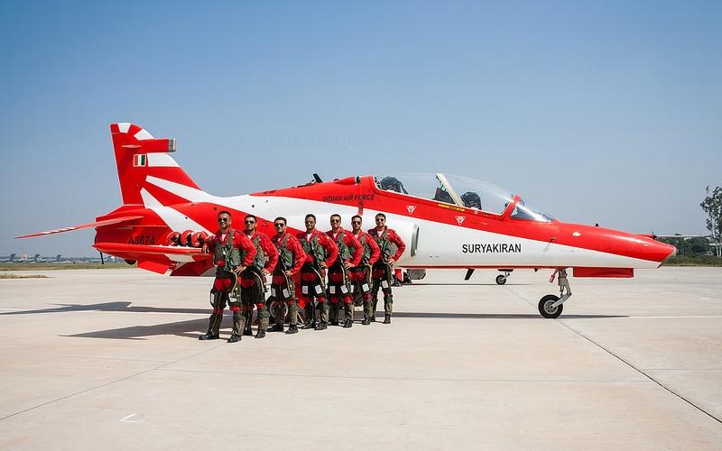 Surya Kiran BAe Hawk Mk 132 and teams pilots