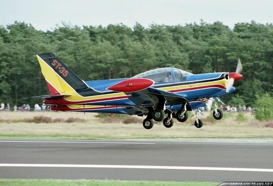 Swallows Siai-Marchetti SF-260, 1985-97 paint scheme