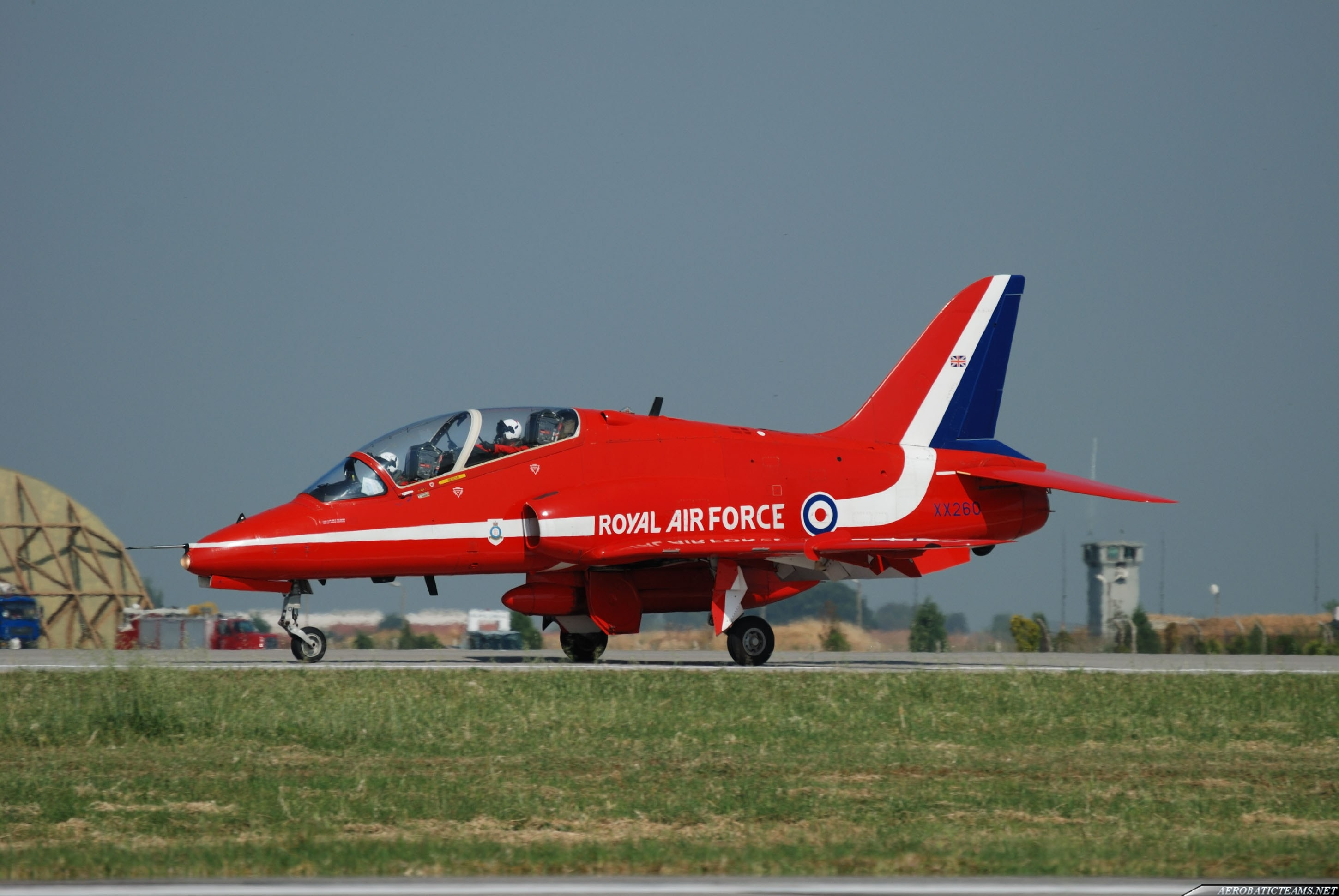 Red Arrows pilot killed because of failed to open parachute