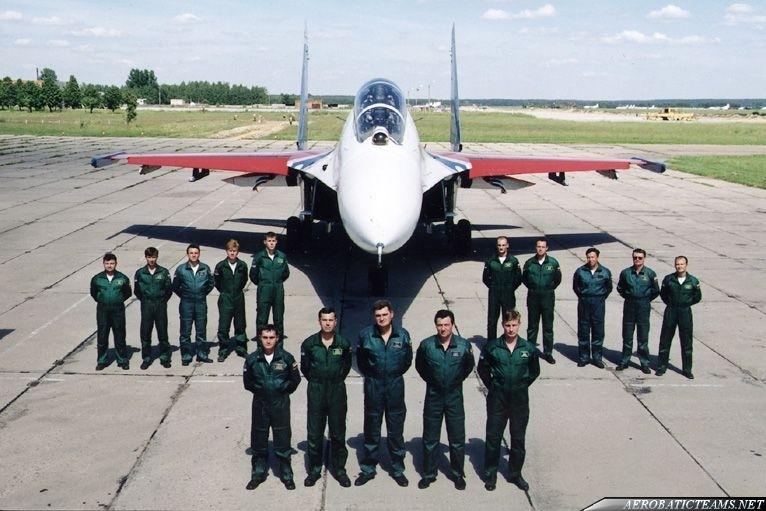 Russian Knights pilots
