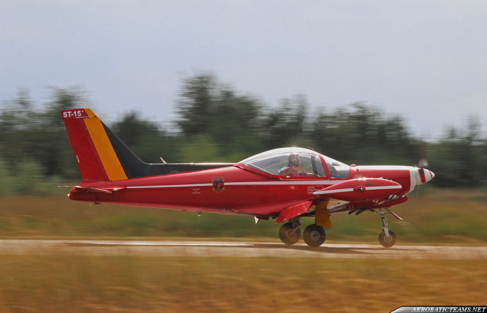 Red Devils SF260