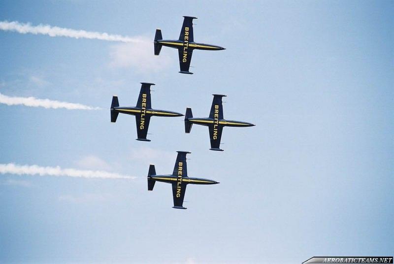 Breitling Jet Team L-39C Albatross. First paint scheme with Apache Aviation Logo.