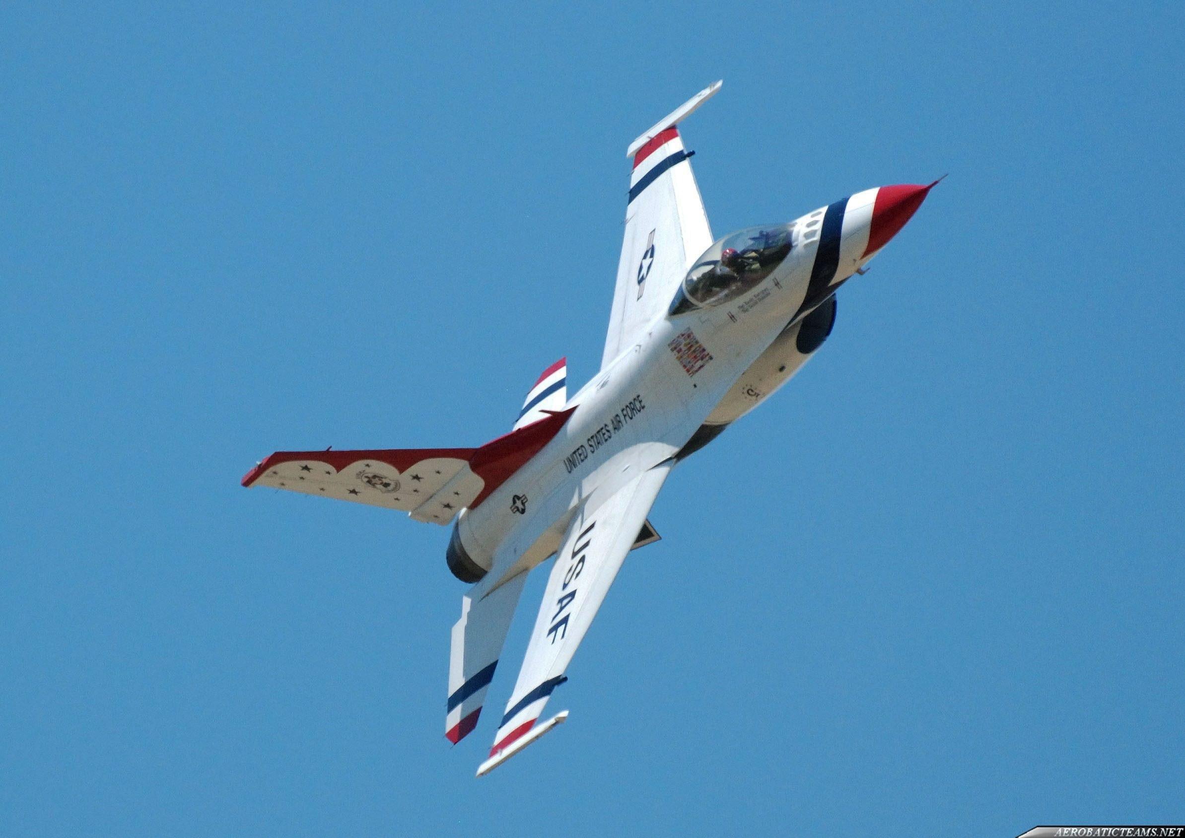 Thunderbirds recognition flights