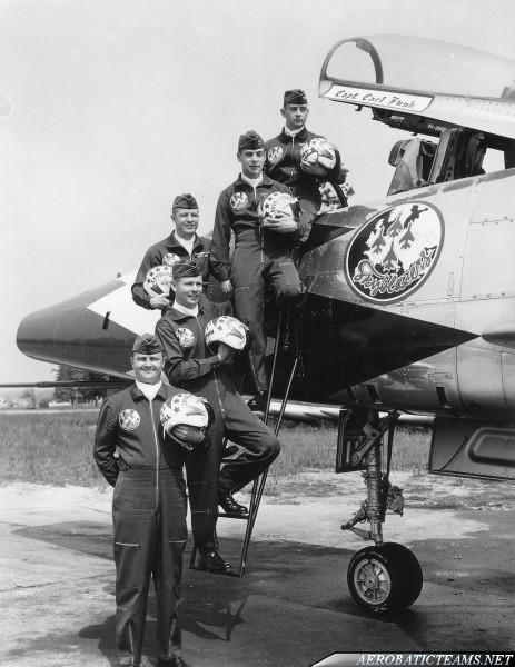 Skyblazers F-100C Super Sabre pilots