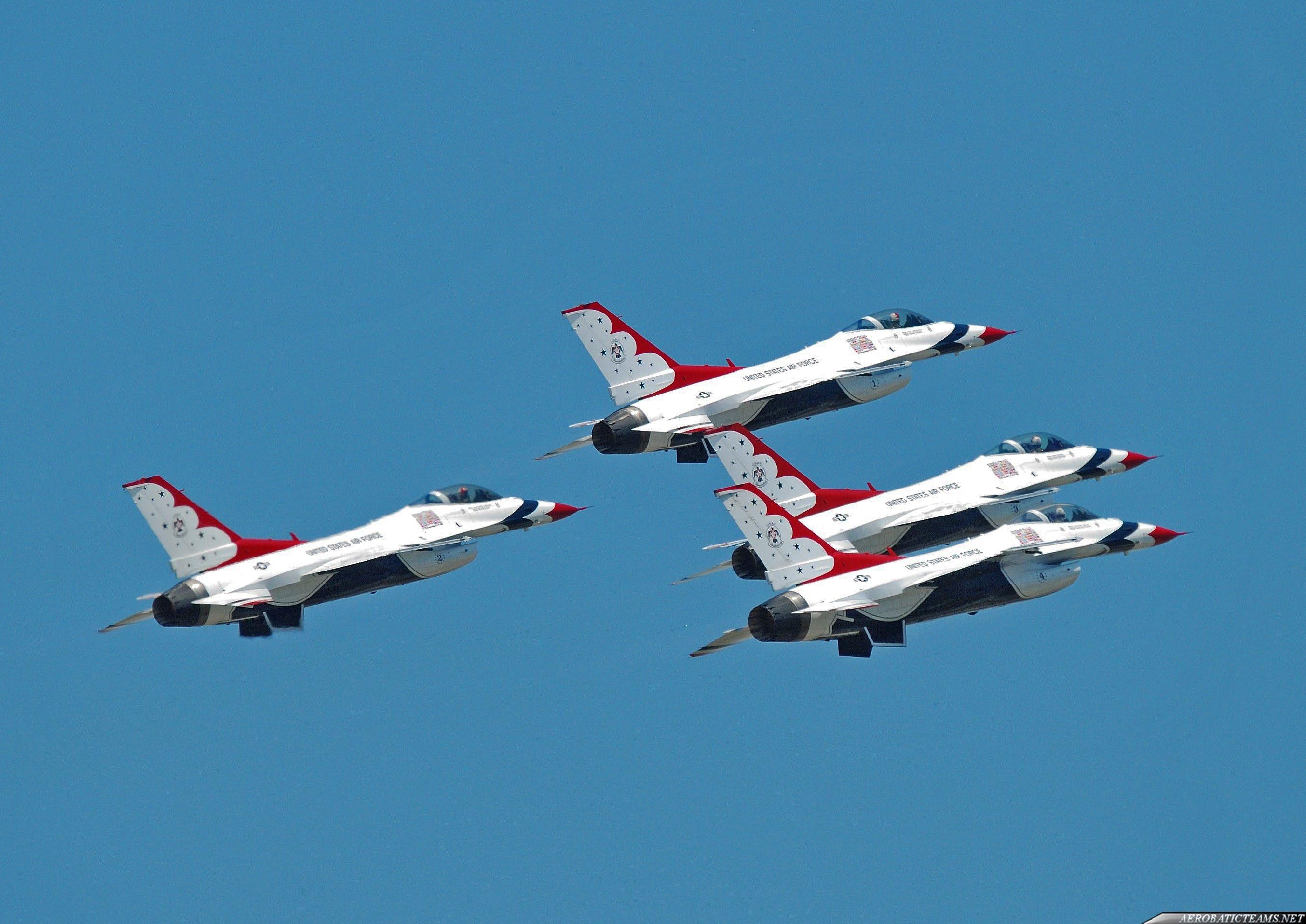 Thunderbirds F-16 from 1983