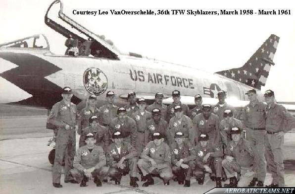 Skyblazers F-100C Super Sabre crew members