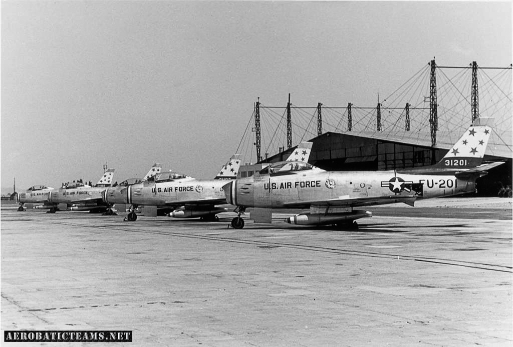 Skyblazers F-86F Sabre 1954-55 paint scheme. Photo from Chaumont US memory facebook page.