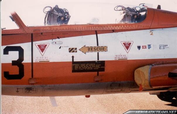 Roulettes Aermacchi MB326