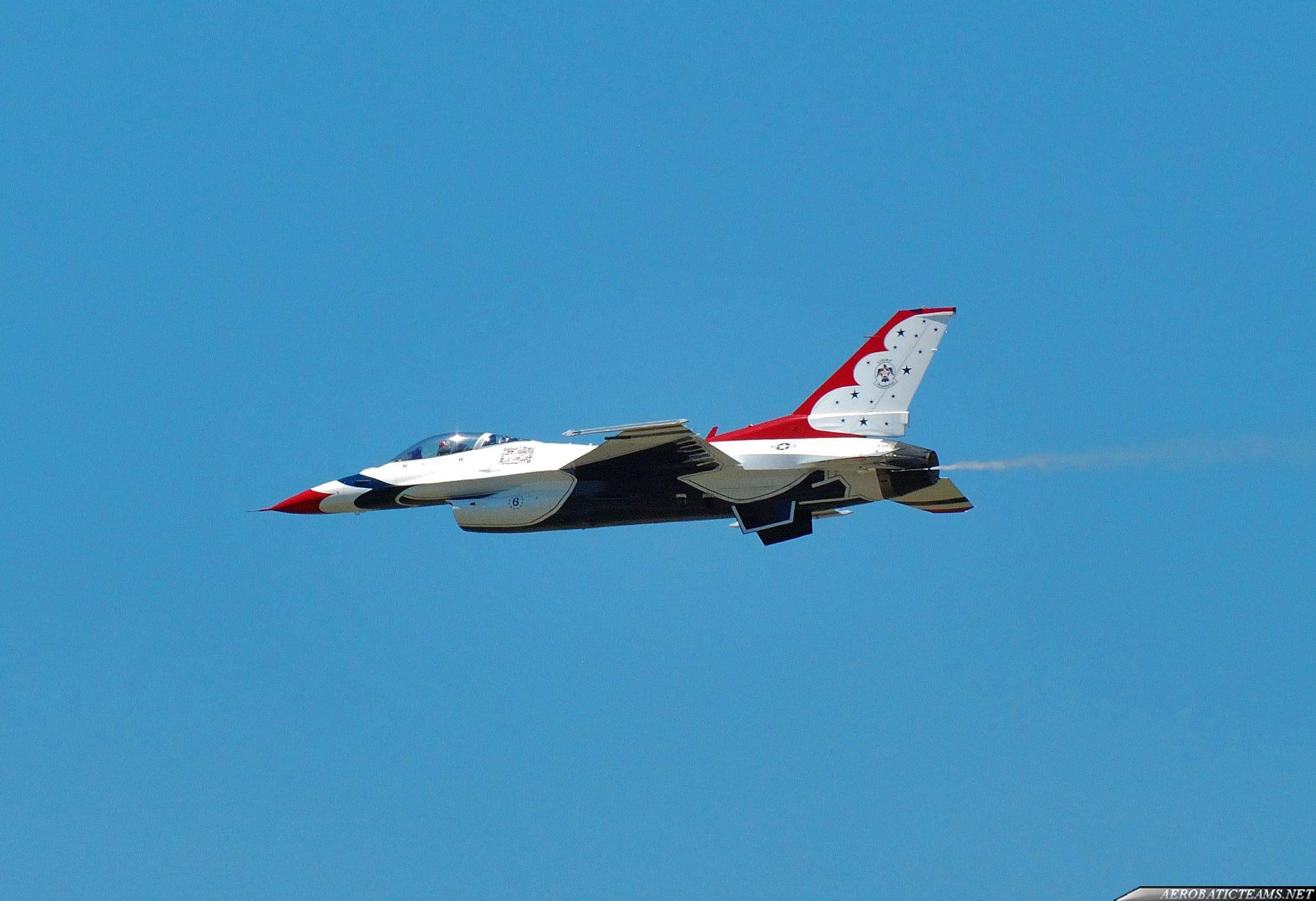 Thunderbirds recognition flights