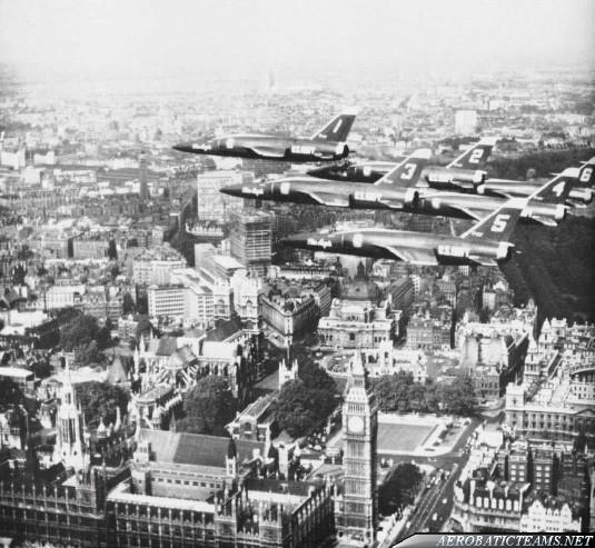 Blue Angels F11F Tiger over London, 1965