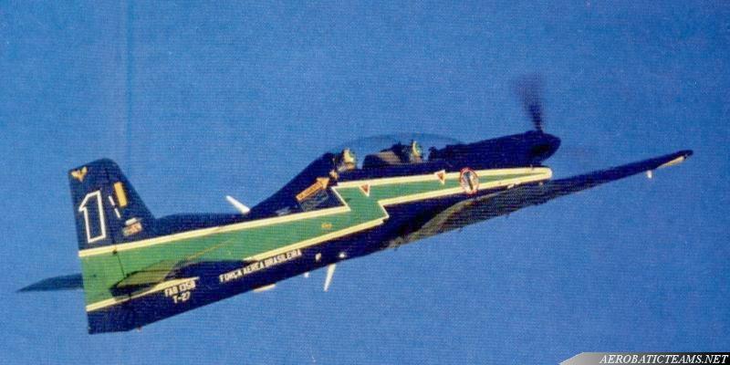 Esquadrliha da Fumaca T-27 Tucano
