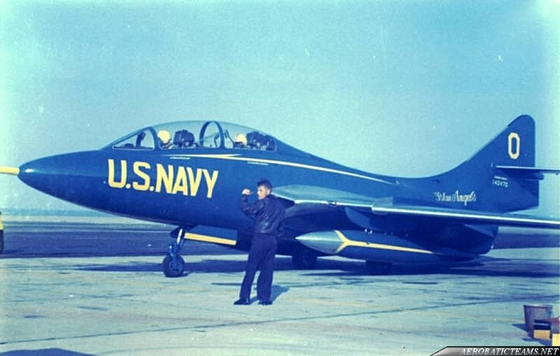 Blue Angels F9F-8T Cougar