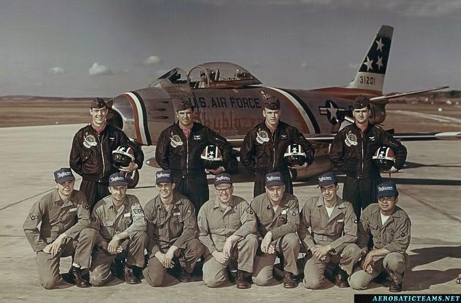Skyblazers F-86F Sabre pilots