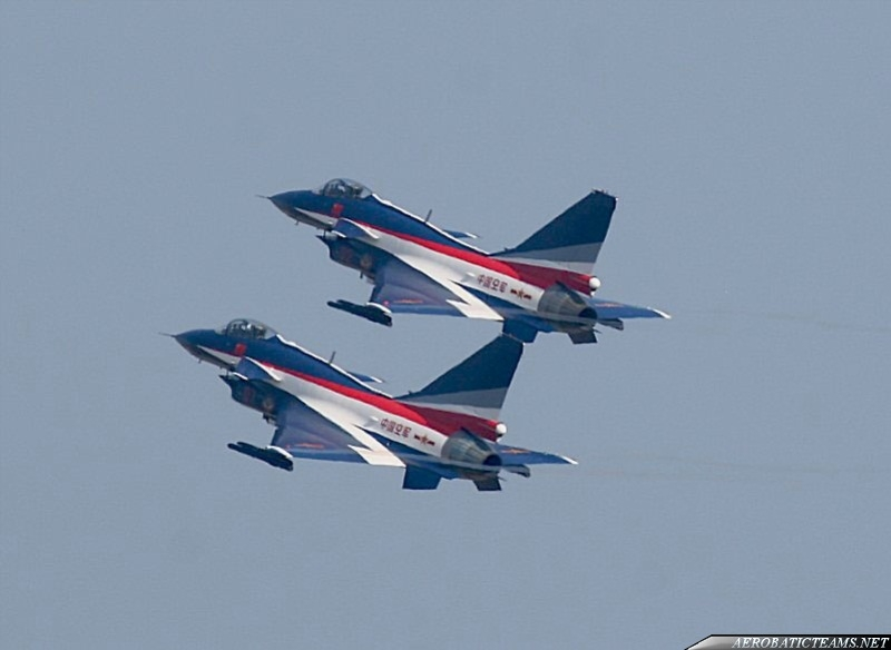 August 1st aerobatic team J-10