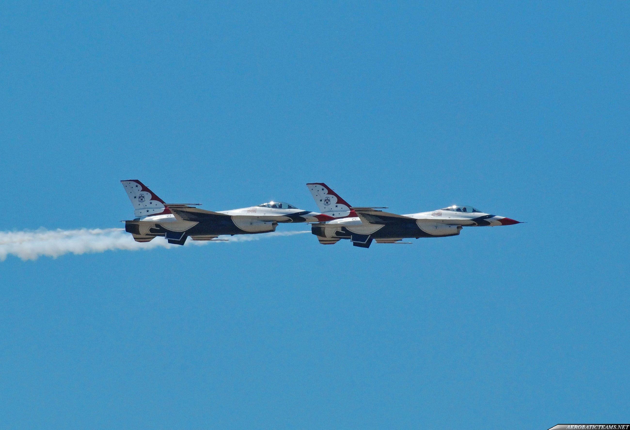 Thunderbirds #7 and #8 arrived over the Graf Ignatievo Air Base