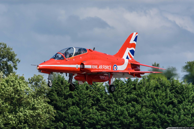 Red Arrows Hawk aircraft