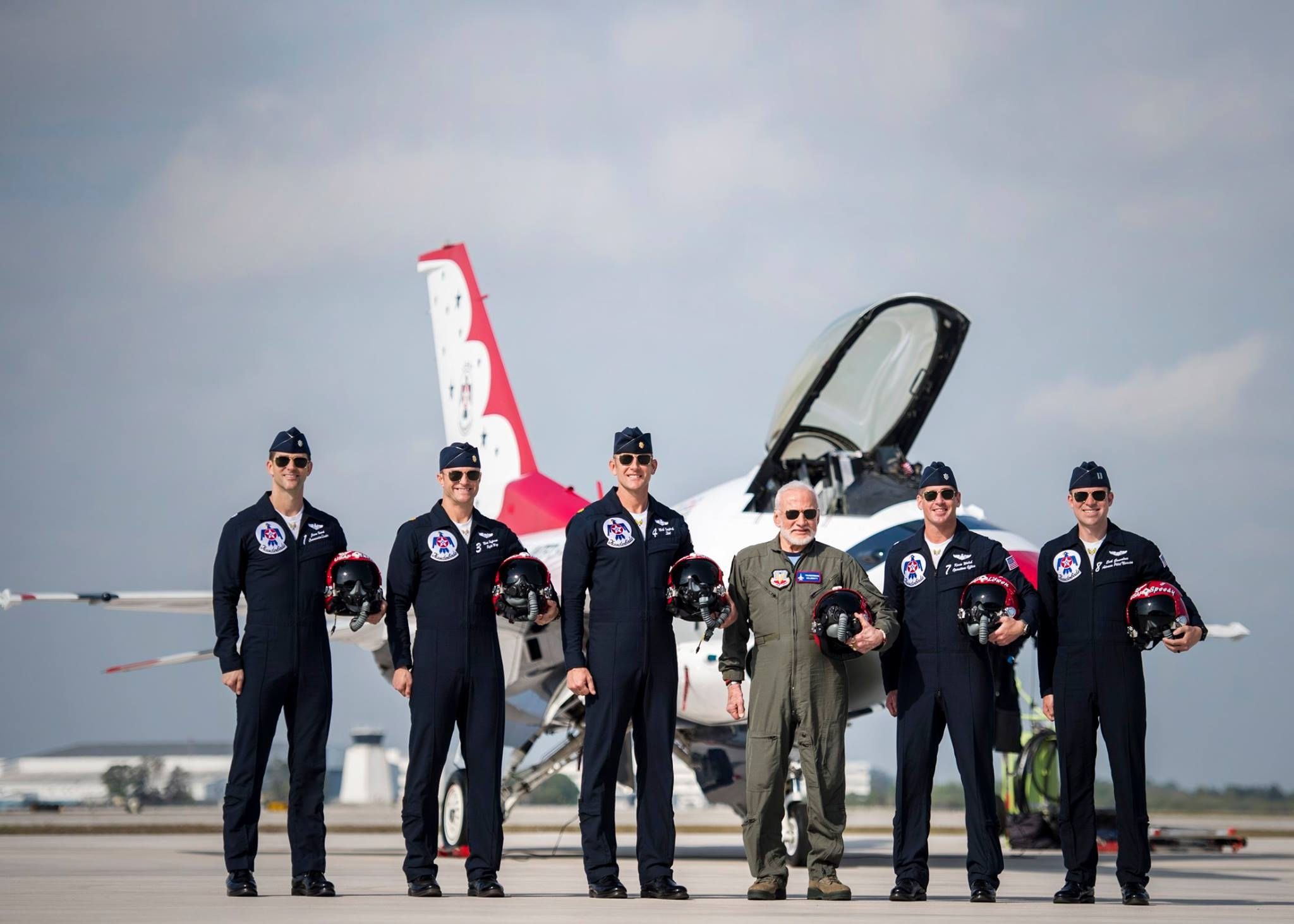 Buzz Aldrin with Thunderbirds pilots. Photo USAF