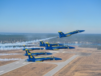 Blue Angels first Super Hornet Delta photos
