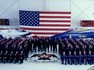 Thunderbirds and Blue Angels are in 4 days reunion at El Centro
