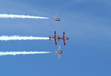 Snowbirds flying Double Take maneuver. Photo Canadian Forces