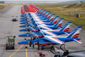 Red Arrows and Patrouille de France. © Adj Julien Mortreuil / Armée de l'air