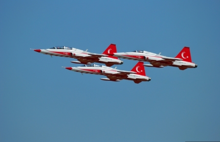 Turkish Stars NF-5 Gallery